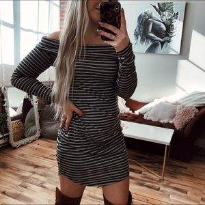NWT Off the Shoulder Boutique Long Sleeve Dress